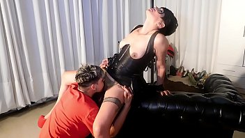 Whore in crazy double penetration